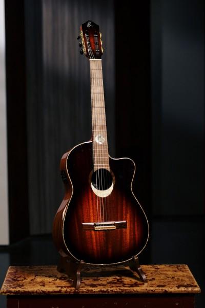 ORTEGA The Private Room Classic Guitar Eclipse Suite C/E - + Bag (ECLIPSESU.C/E)