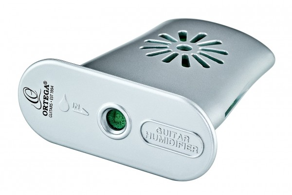 ORTEGA Acoustic Guitar Humidifier - silver, incl. sponge and syringe (HUMIGT-SV)